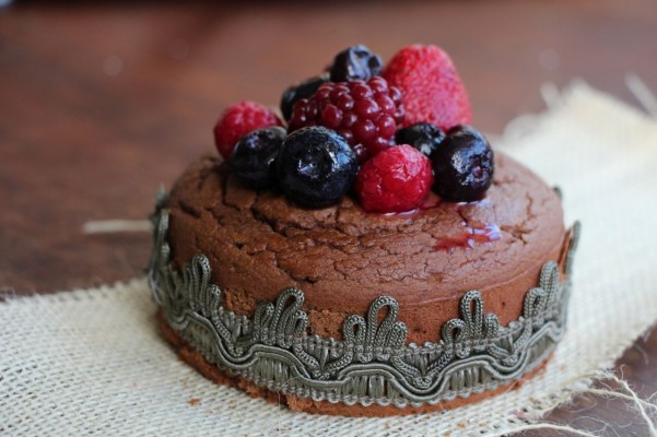 Gluten-free Chickpea Chocolate Cake